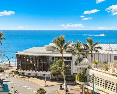 Nautilus-Mooloolaba-Resort-Unit-Apartments (11)
