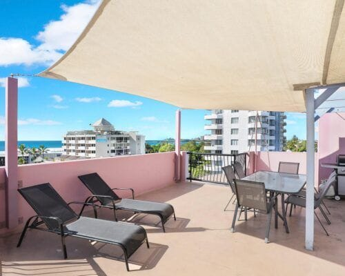 Nautilus-Mooloolaba-Resort-Unit-Apartments (12)