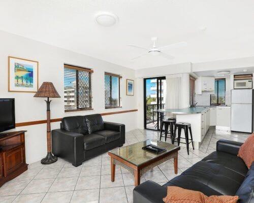 Nautilus-Mooloolaba-Resort-Unit-Apartments (14)