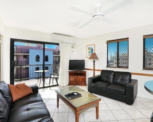 Nautilus-Mooloolaba-Resort-Unit-Apartments (15)