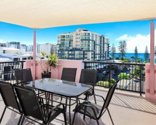 Nautilus-Mooloolaba-Resort-Unit-Apartments (2)