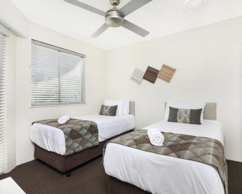 Nautilus-Mooloolaba-Resort-Unit-Apartments (28)