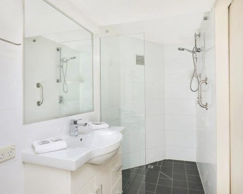 Nautilus-Mooloolaba-Resort-Unit-Apartments (29)