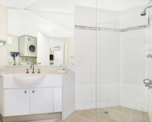 Nautilus-Mooloolaba-Resort-Unit-Apartments (4)